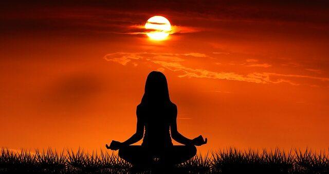 meditation-passiv-in-deine-mitte