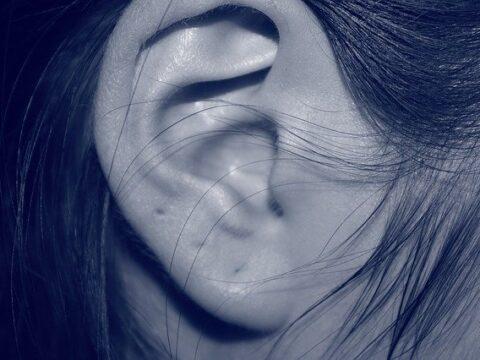 kann-yoga-bei-tinnitus-helfen